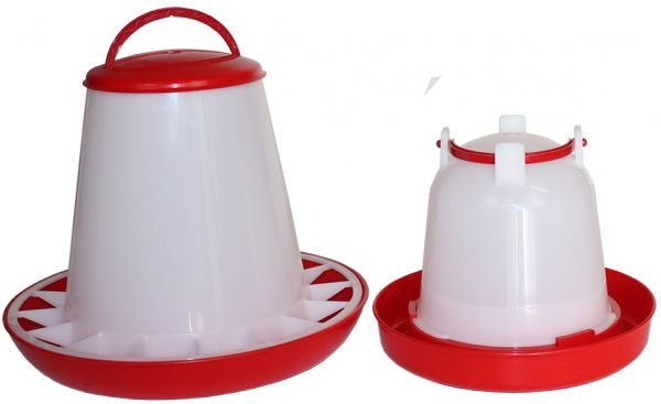 Set of feeder (3 kg) and drinker (1,5 l) for chicks