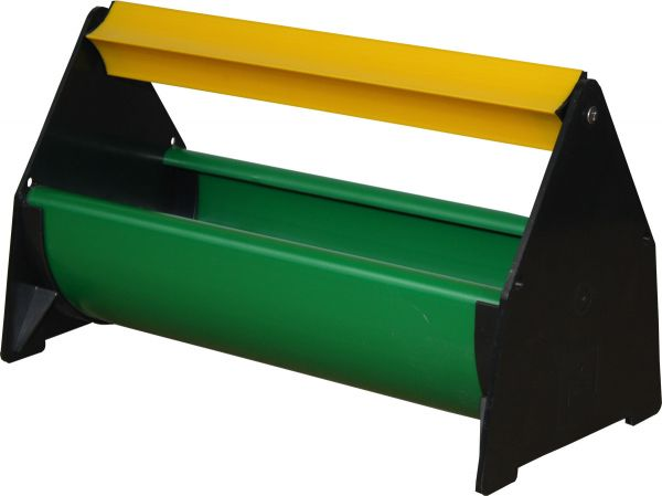 Trough for young hens w. rotating guard - 25 x 10,5 cm